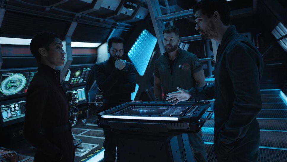 """왼쪽부터 Dominic Tipper, Cass Anvar, Wes Chatham 및 Stephen Street의 네 번째 시즌 """"신장."""""""