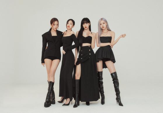 블랙 핑크 걸 그룹은 태국 멤버 리사 1 명 [YG ENTERTAINMENT]