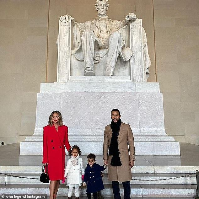 역사적으로 :이 가족은 최근에 Capitol에서 Joe Biden 대통령과 Kamala Harris 부통령의 역사적인 취임식에 참석 한 후 로스 앤젤레스로 돌아 왔습니다.
