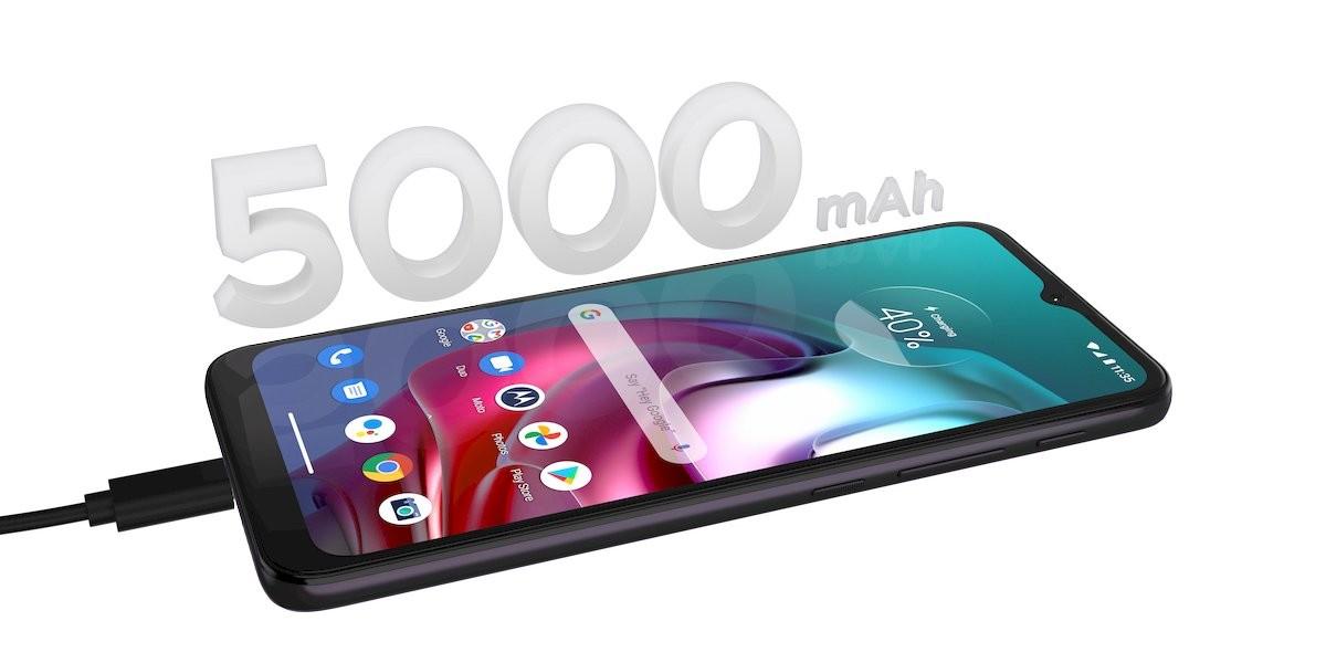 Moto G30은 64MP 메인 박스, 90Hz 디스플레이, 5,000mAh 배터리, Moto G10 태그가 나란히 장착되어 공개되었습니다.
