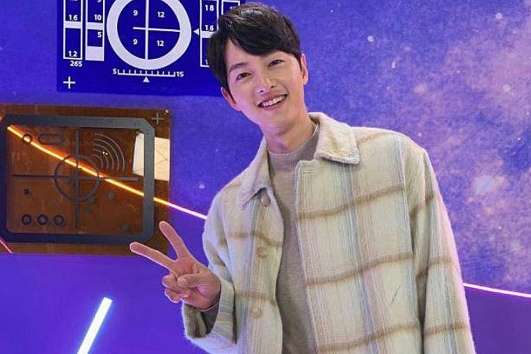 K-Song 스타 Joong-ki가 Instagram, Entertainment News 및 Top Stories에 출연했습니다.