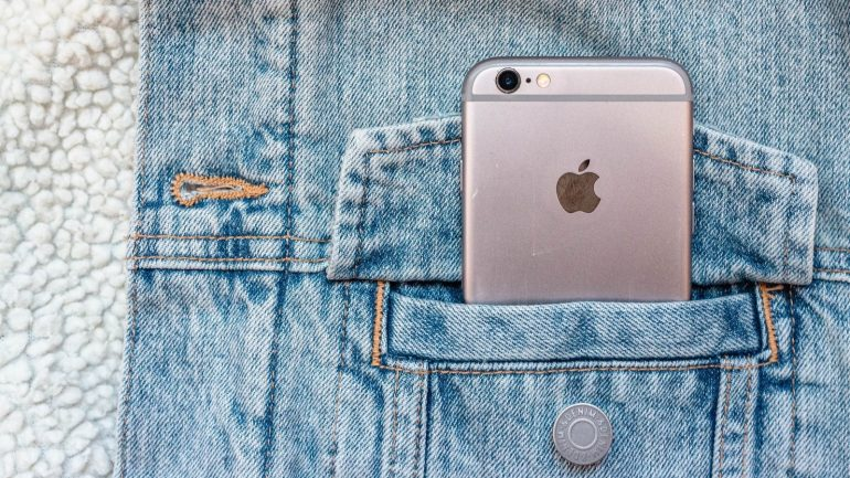 인도의 Apple iPhone 사용자는 AirTags 지원, 앱 투명성 등을 포함한 iOS 14.5 업데이트를받을 수 있습니다.