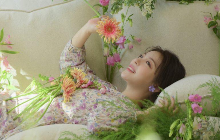 "Ailee는 새 앨범을 발표하고 팬들을위한 ""특별한 선물""이라고 설명합니다."