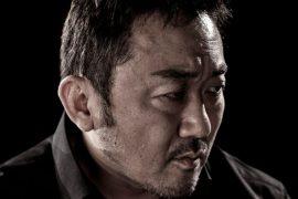 "Don Lee는 한국 시리즈 ""The Club""에서 제작 및 주연을 맡았습니다."