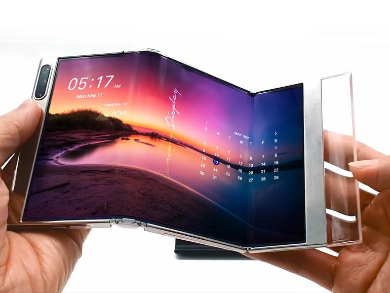 삼성 화면에 두 번 접을 수있는 OLED 패널 디스플레이