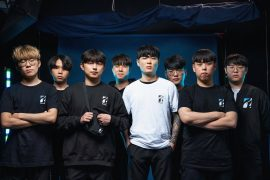 """""""Overwatch""""를 플레이하기 위해 달라스로 이주한 한국 프로 선수 팀에 대해 알아보십시오."""