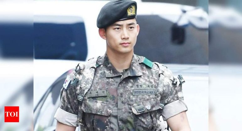 "2PM 택연, 군에서 99kg 늘린 회상 : ""많이 먹었다""|  K-pop 영화 뉴스"